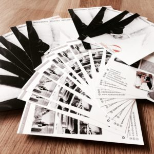Unsere Stärken in Punkto Werbung sind unter anderem Flyer, Visitenkarten, Rollup Displays, Werbebanner und alles was Ihr Herz begehrt. -  -  - Werbung - Werbung - Werbung - Werbung - lookasmedia werbung 9 300x300 - Werbung Filmroduktion - fotograf - heilbronn - kirchardt - neckarsulm - sinsheim - bad rappenau - imagefilme - babyfotograf - hochzeitsfotograf - fotobox - photobooth - wedding - hochzeitsfilm - videotechnik - photography - industriefilm - luftaufnahmen - drohne - drohneaufnahmen - drohnenfilm - vogelperspektive - flyer - visitenkarten - menükarten - briefumschläge - fotobuch - weddingbook